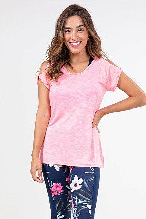 Blusa fitness ombro vazado