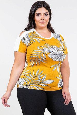 Blusa manga curta ombro vazado