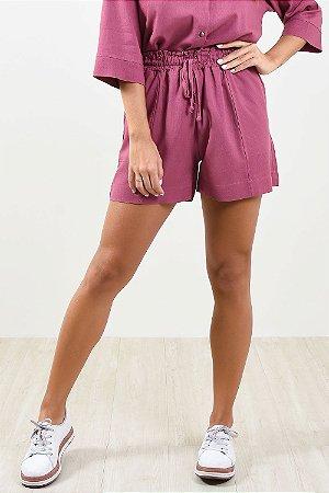 Shorts cós elástico em linho