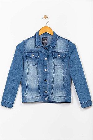 Jaqueta jeans juvenil com bolso
