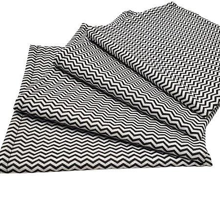 Kit 4 Guardanapos de Tecido Chevron Branco Preto Algodão 39cmx39cm