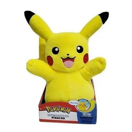 Pokémon Pikachu 30 cm - Pelúcia colecionável Luz e Som
