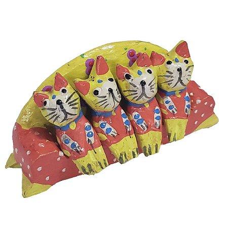 Família Gato Sofá Madeira Balsa Amarelo 4cm - 5 peças
