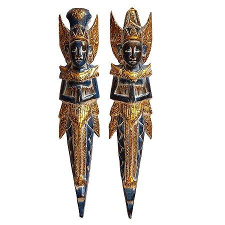 Escultura Rama e Sita de Madeira Balsa Azul e Dourado 50cm