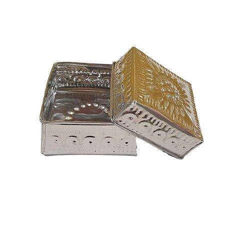 Caixa Decorativa Quadrada de Alumínio Prata 10cm