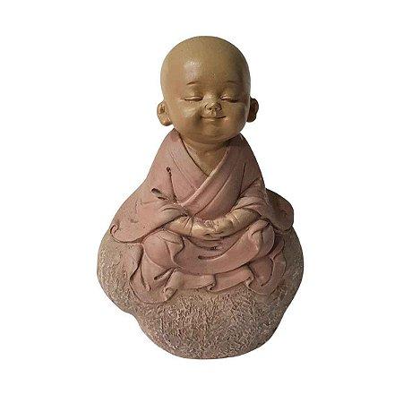 Escultura Monge na Pedra Meditando de Resina 14cm