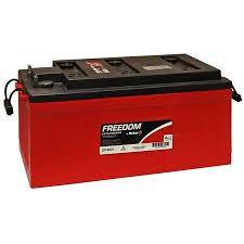 Bateria Estacionária Freedom DF4001 220 Ah