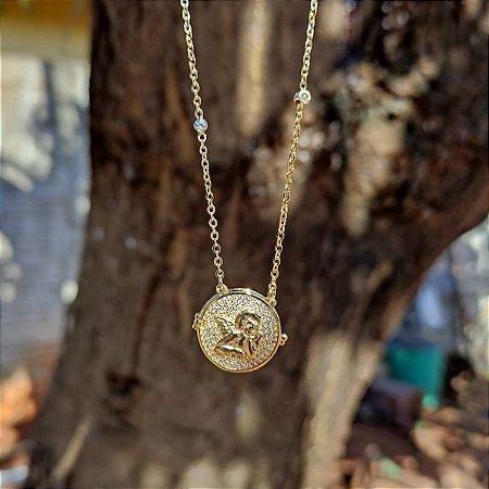 Colar relicário anjo da guarda zircônia ouro semijoia