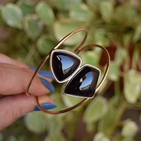 Bracelete pedra natural ágata preta ouro semijoia