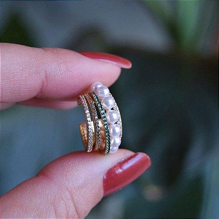 Piercing de encaixe aros zircônias verde com pérolas ouro semijoia