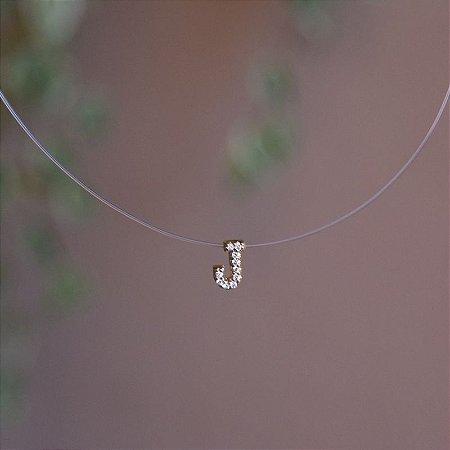 Colar fio de nylon letra J ouro semijoia