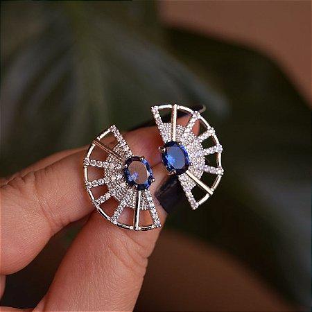 Brinco leque cristal azul zircônia ródio semijoia 16k14004