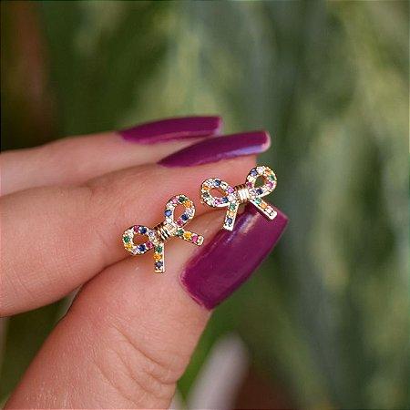 Brinco borboleta zircônia colorida ouro semijoia