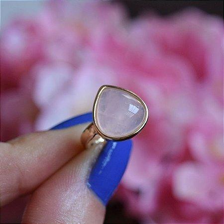 Anel ajustável gota pedra natural quartzo rosa ouro semijoia
