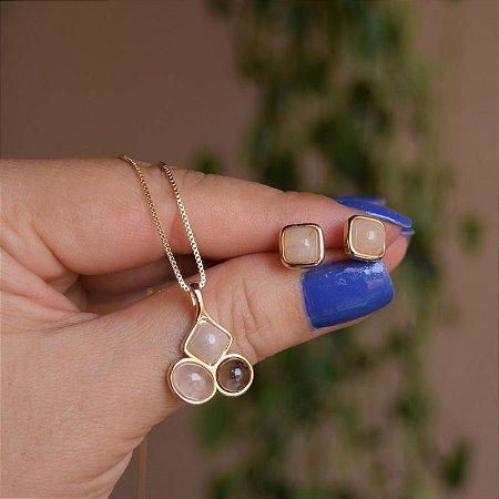 Colar e brinco pedras naturais ouro semijoia