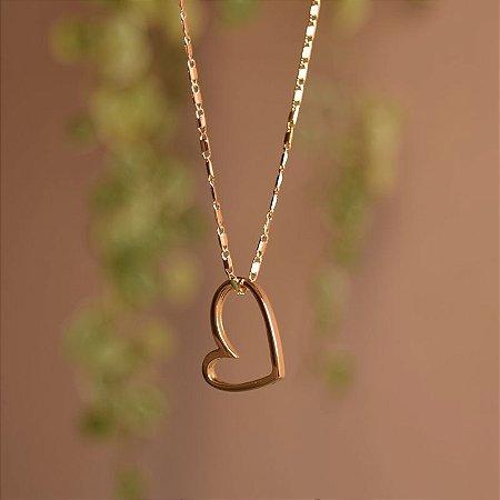 Colar corrente coração vazado ouro semijoia