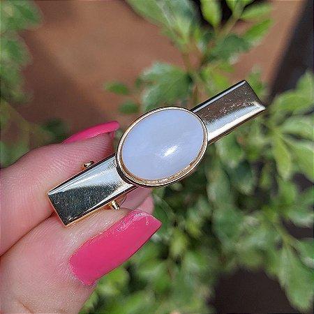 Presilha bico de pato pedra natural oval opalina ouro semijoia