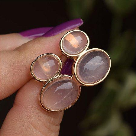 Brinco oval pedra natural quartzo rosa ouro semijoia
