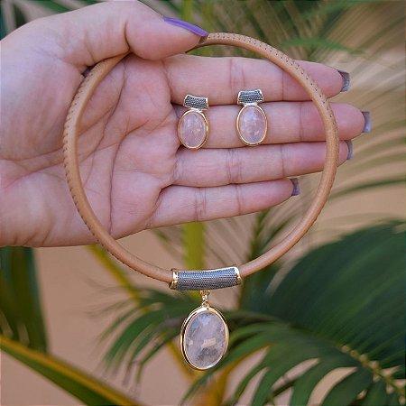 Colar e brinco couro pedra natural quartzo rosa ouro semijoia