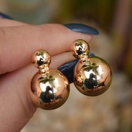 Brinco esferas ouro semijoia 511010278