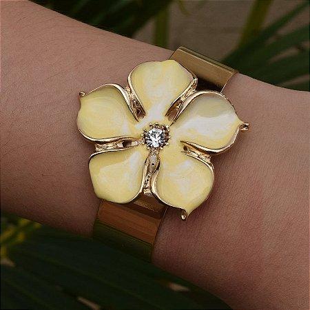 Bracelete flor esmaltado amarelo ouro semijoia