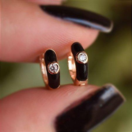 Brinco argolinha segundo furo preto ouro semijoia 19A06043