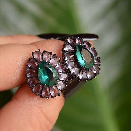 Brinco gotas roxo e esmeralda ródio negro semijoia
