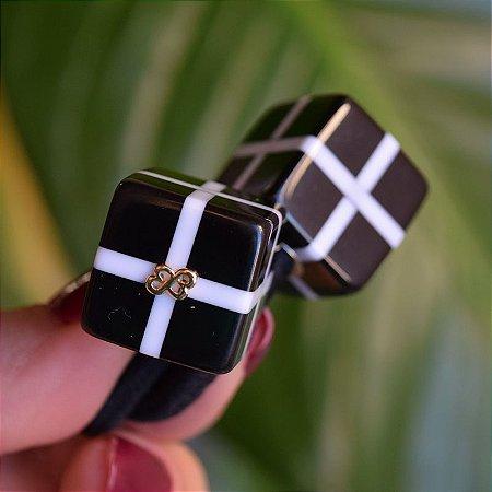 Rabicó Bianca acrílico cubo listrado preto e branco 10 283