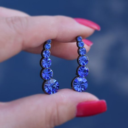 Brinco ear cuff Leticia Sarabia cristal azul royal