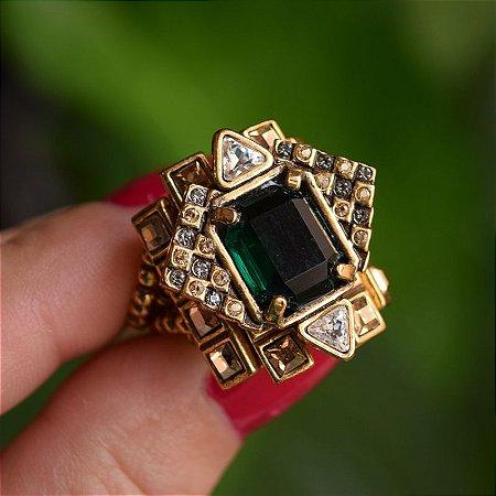 Anel Claudia Arbex cristal esmeralda semijoia