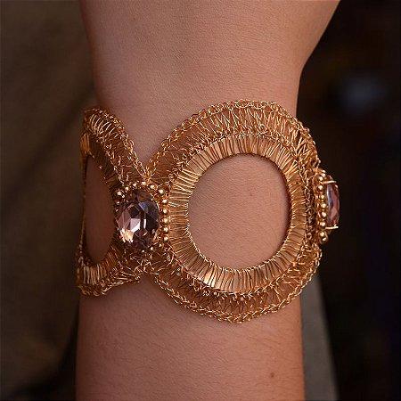 Bracelete Heliana Lages fio crochê dourado cristal ametista semijoia
