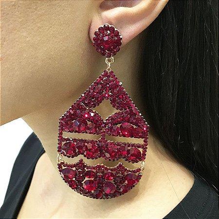 Brinco Letícia Sarabia g cristal vermelho