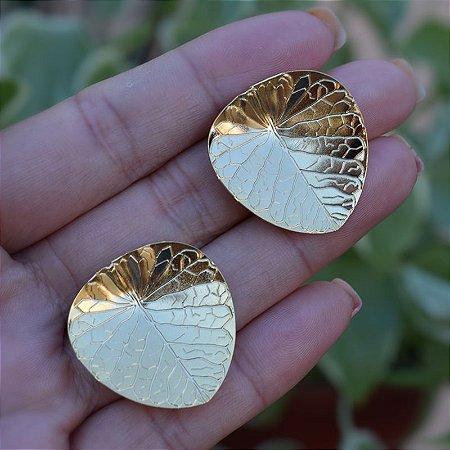 Brinco folha ouro semijoia