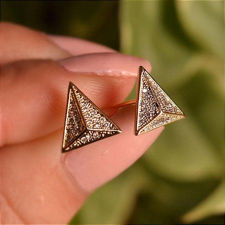 Brinco pirâmide zircônia ouro semijoia