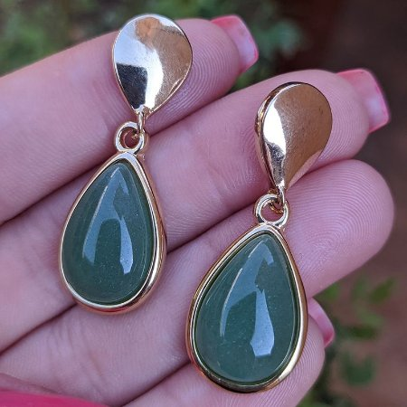 Brinco pressão gota pedra natural quartzo verde ouro semijoia