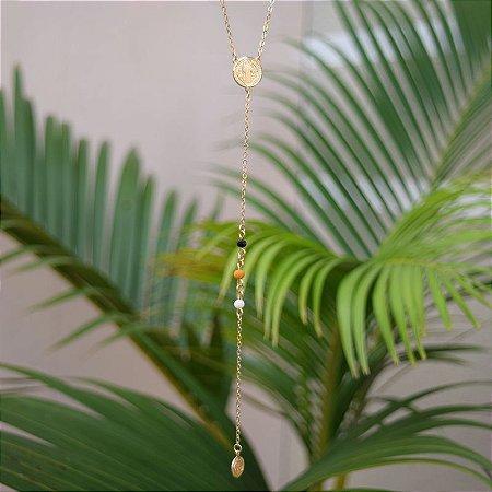 Colar terço cristais coloridos ouro semijoia