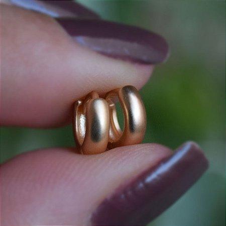 Brinco argolinha segundo furo ouro fosco semijoia 19A11021