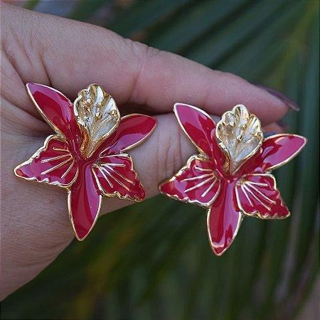 Brinco flor resinado vermelho dourado