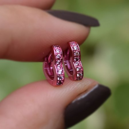 Brinco argola coração p zircônia rosa semjoia