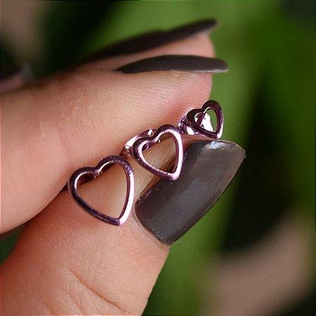 Trio de brincos coração vazado esmaltado lilás