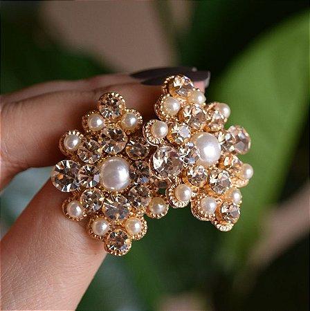 Brinco Iza Perobelli cristais e pérola dourado