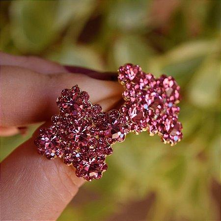Brinco Leticia Sarabia quadrado curvas cristal rosa