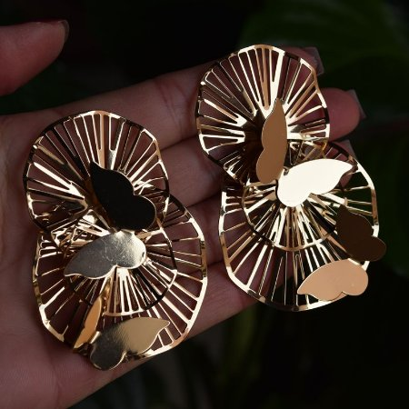 Brinco Leticia Sarabia borboleta dourado