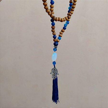 Colar japamala contas madeira mão de fátima tassel azul