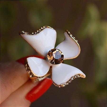 Anel flor Claudia Marisguia branco cristal topázio