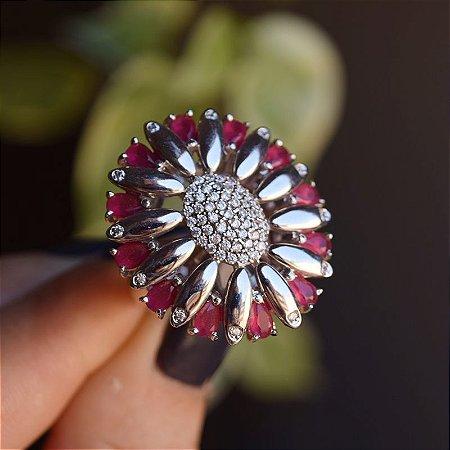 Anel oval cristais vermelho zircônia ródio semijoia