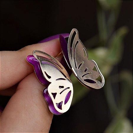 Brinco borboleta asa dupla vazada esmaltada roxo ouro semijoia