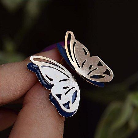 Brinco borboleta asa dupla vazada esmaltada azul ouro semijoia