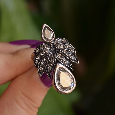 Anel Nádia Gimenes cristal zircônia prata vintage