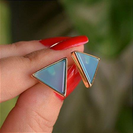 Brinco triângulo invertido pedra natural ágata azul céu ouro semijoia